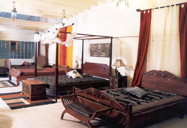 Asapura arte orientale e complementi etnici baricentro for Arredamento natalizio casa